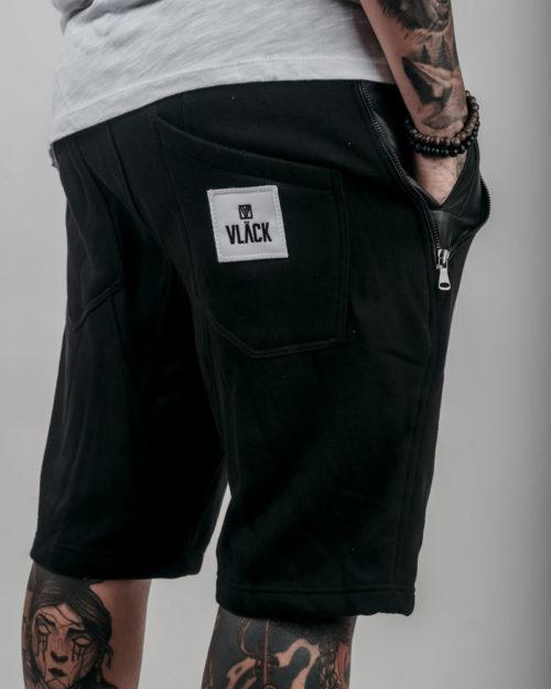 Pantalón Corto VLÄCK Negro SM007 con cintura elástica con cordones,bolsillos imitacion piel negra con cremalleras.